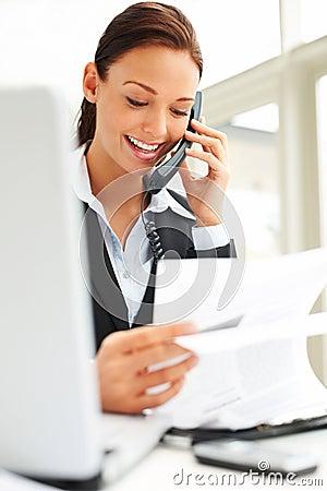 τηλέφωνο επιχειρηματιών κά