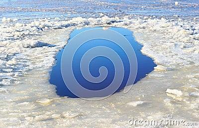 Τρύπα πάγου