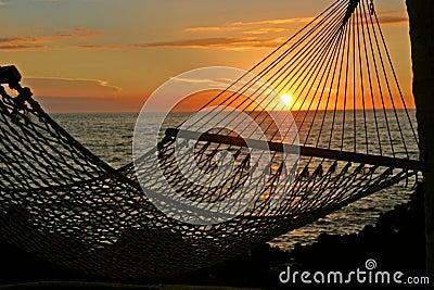 χαλαρώνοντας ηλιοβασίλεμα