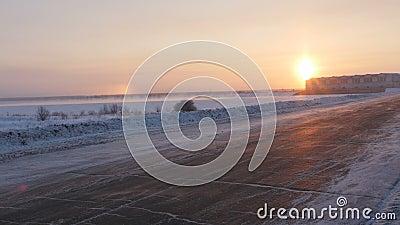 Χιονώδης οδικός φωτοστέφανος απόθεμα βίντεο