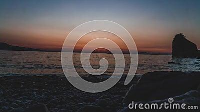 Χρονικό σφάλμα, timelapse, όμορφο ζωηρόχρωμο ηλιοβασίλεμα να λάμψει ήλιων θάλασσας o Ο κόσμος ομορφιάς φυσικός υπαίθρια ταξιδεύει απόθεμα βίντεο