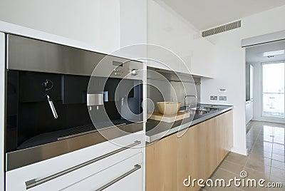 χτισμένη μηχανή κουζινών κα&phi