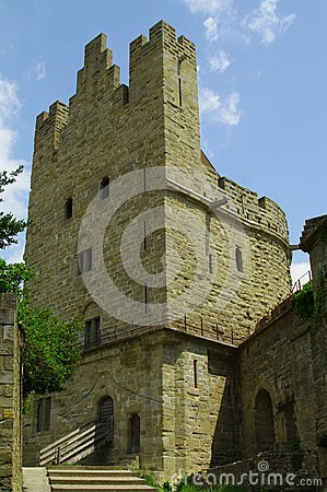 башня rampart