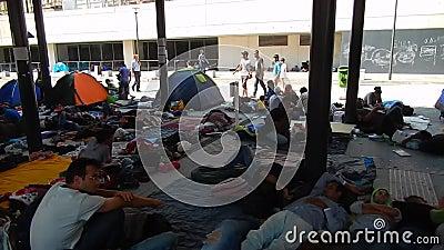 Беженцы в Будапеште, железнодорожном вокзале Keleti