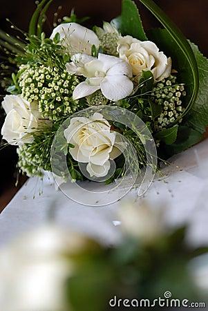 белизна венчания букета