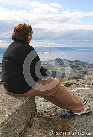 брюзглая женщина