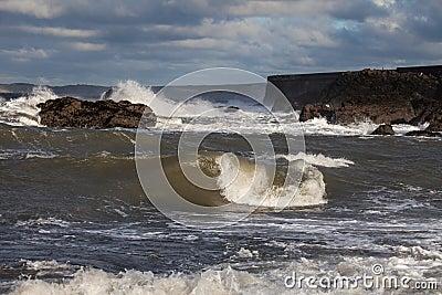 Бурные моря