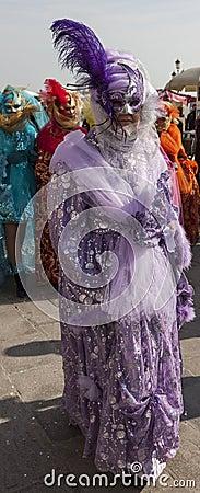 Венецианский костюм Редакционное Стоковое Изображение