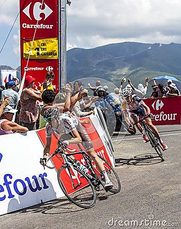 Велосипедист Romain Bardet Редакционное Фото