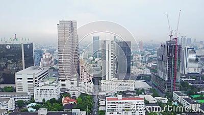 Взгляд сверху города с зданиями развития, транспорта Гонконга глобального, инфраструктуры силы энергии финансовохозяйственно сток-видео