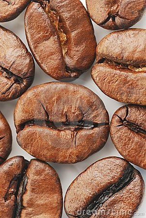 взгляд сверху кофе фасолей