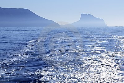 взгляд pe ifach calpe среднеземноморской