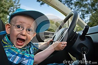 возбужденный водитель