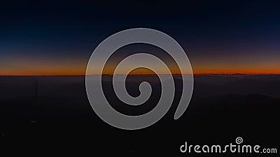 Восход солнца и гора сток-видео
