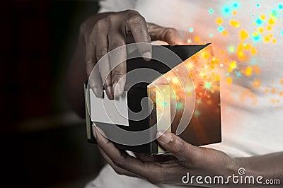 Волшебная коробка подарка