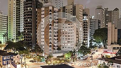 Временное видео Сан-Паулу ночью акции видеоматериалы