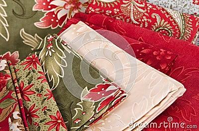 Выстегивая ткани
