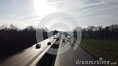 Германия - шоссе A57 - шоссе между Moers Kapellen и крестом Moers акции видеоматериалы