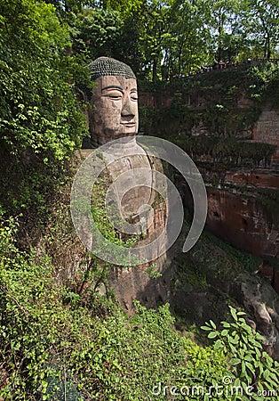 Гигантское buddah leshan провинции sichuan