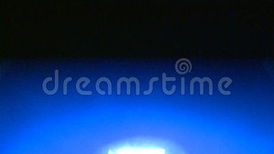 Голубой свет строба акции видеоматериалы