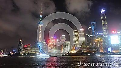 Горизонт финансового центра Китая на видео ночи видеоматериал
