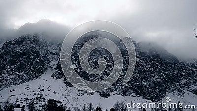 Горы снега - вступление зимы акции видеоматериалы