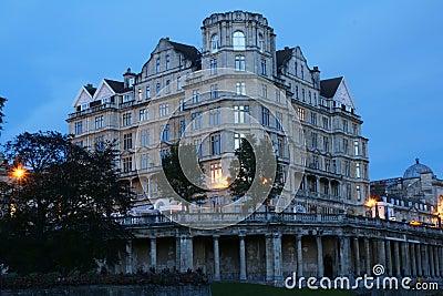 гостиница империи ванны