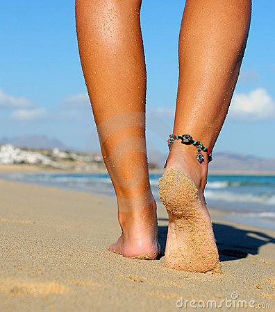 гулять ноги песочный