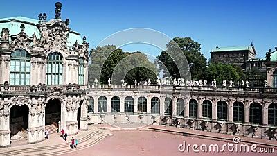 Дворец Zwinger, XVIII столетие - известное историческое здание в Дрездене акции видеоматериалы