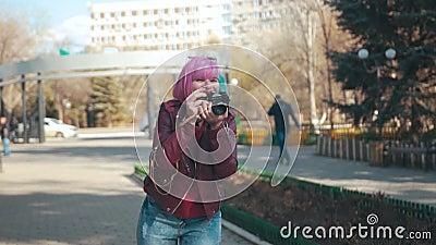 девушка камеры ретро акции видеоматериалы
