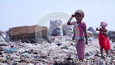 Дети на сбросе Лишанные собственности сироты