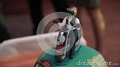 Диаграмма мотоцикла на торте сток-видео