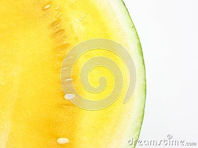 желтый цвет арбуза