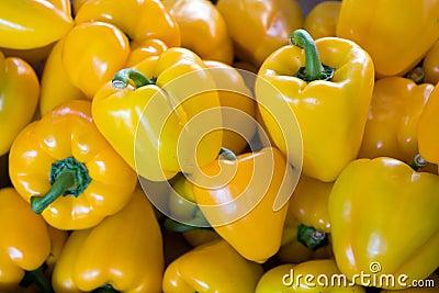 желтый цвет перцев