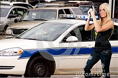 женщина полиций