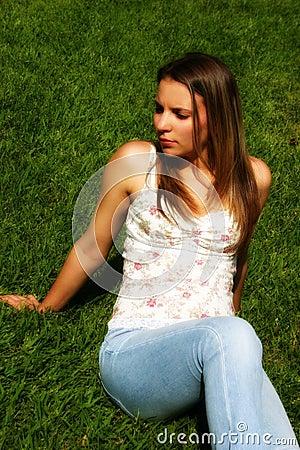 женщина травы