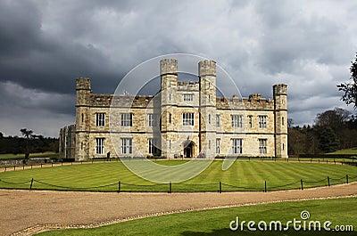 замок Англия leeds