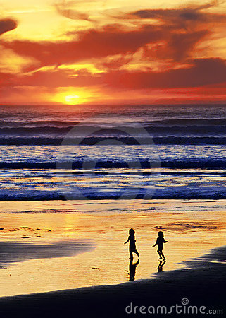 заход солнца игры пляжа