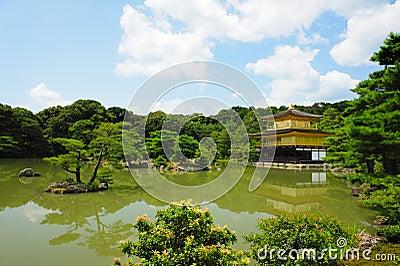 Золотистое Kinkaku-ji