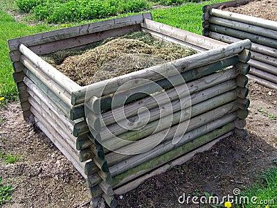 изготовлять компост