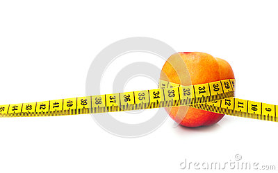 Изолированные персик и метр