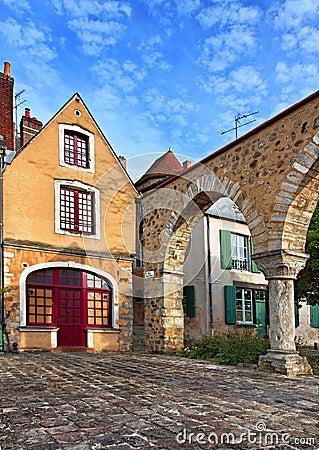 квадрат святой Франции hilaire Le Mans Редакционное Фотография