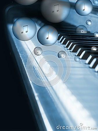 клокоча рояль
