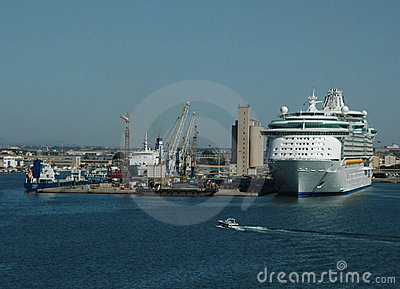 корабль порта круиза
