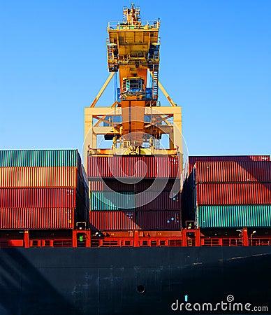 кран грузовых контейнеров