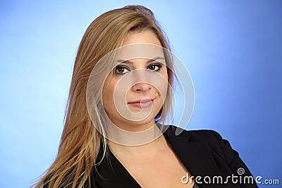 Красивая белокурая женщина