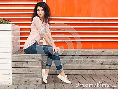 красивые фото девушки в джинсах