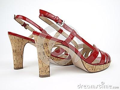 красные сексуальные ботинки