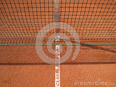 Линия теннисного корта с сетью