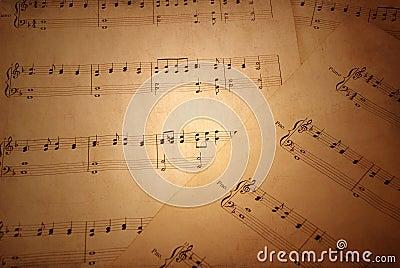 лист нот старый